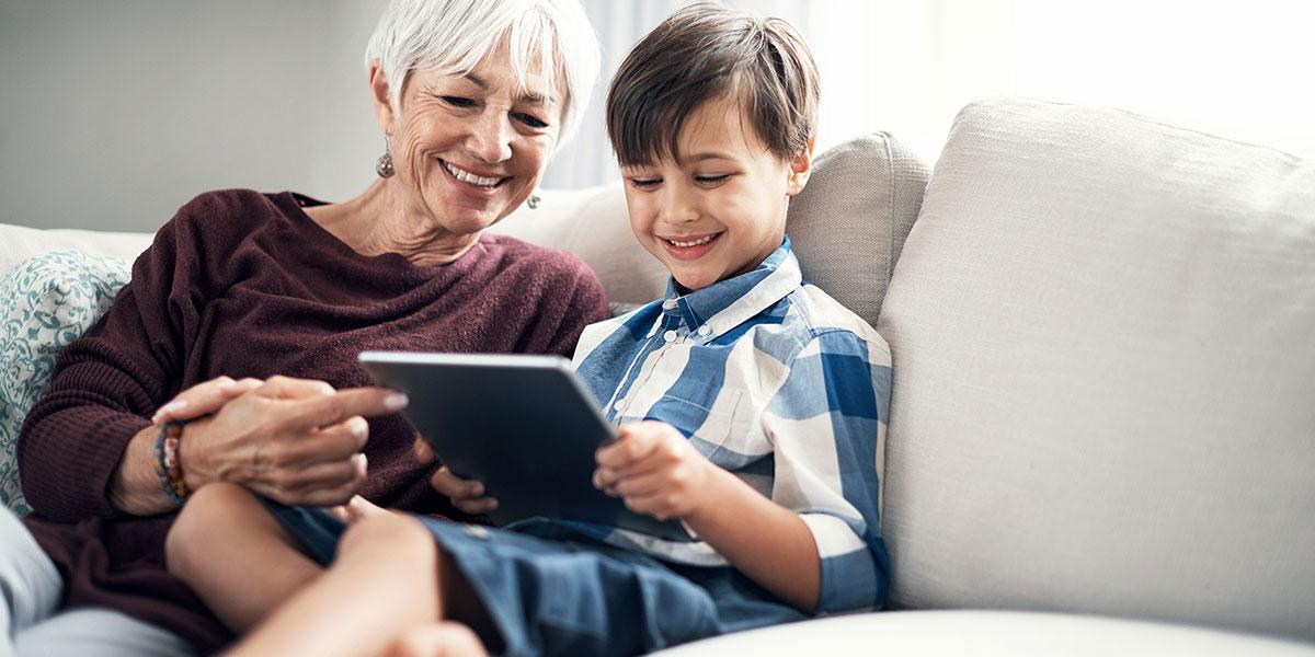 Wichtig für Jung und Alt: Hören und das passende Hörgerät