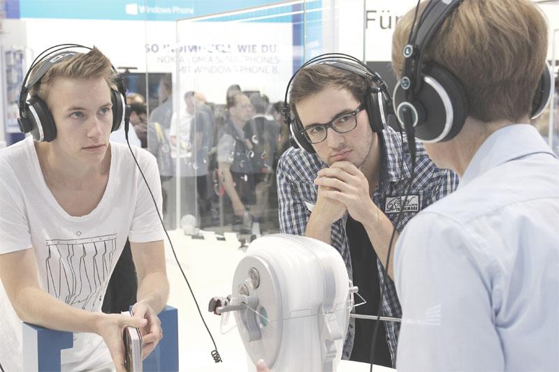 Die Leitmesse für Consumer Electronics zeigt die neusten Technologie-Trends. Auch Hörgeräte sind beim Thema Vernetzung und Smart Services ganz vorn dabei.