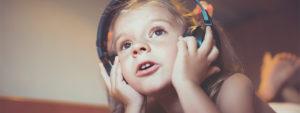 Zuhören will gelernt sein – Hörspiele helfen dabei