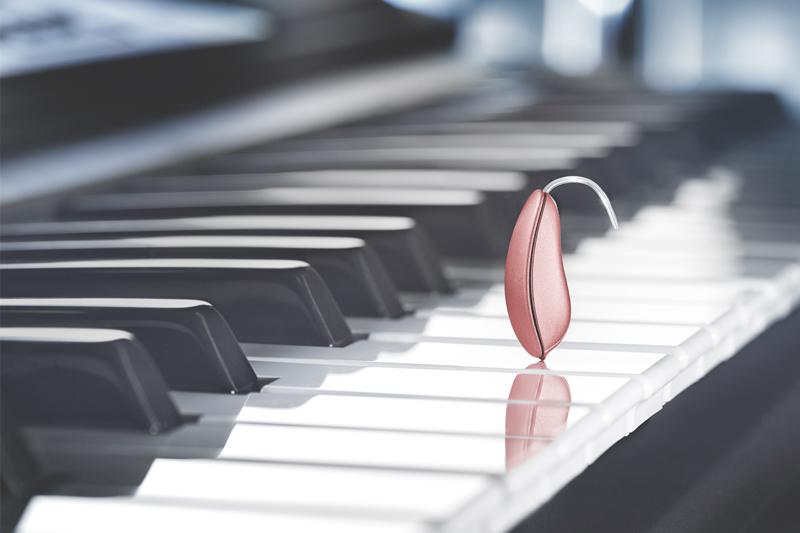 Tinnitus-Therapie mit Hörgeräten verbessern.