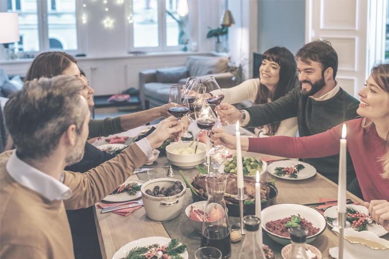 Gemeinsam essen, genießen – und hören