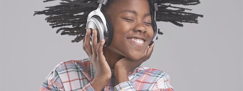 Uncool, aber wichtig: Auch in jungen Jahren auf die Ohren achten