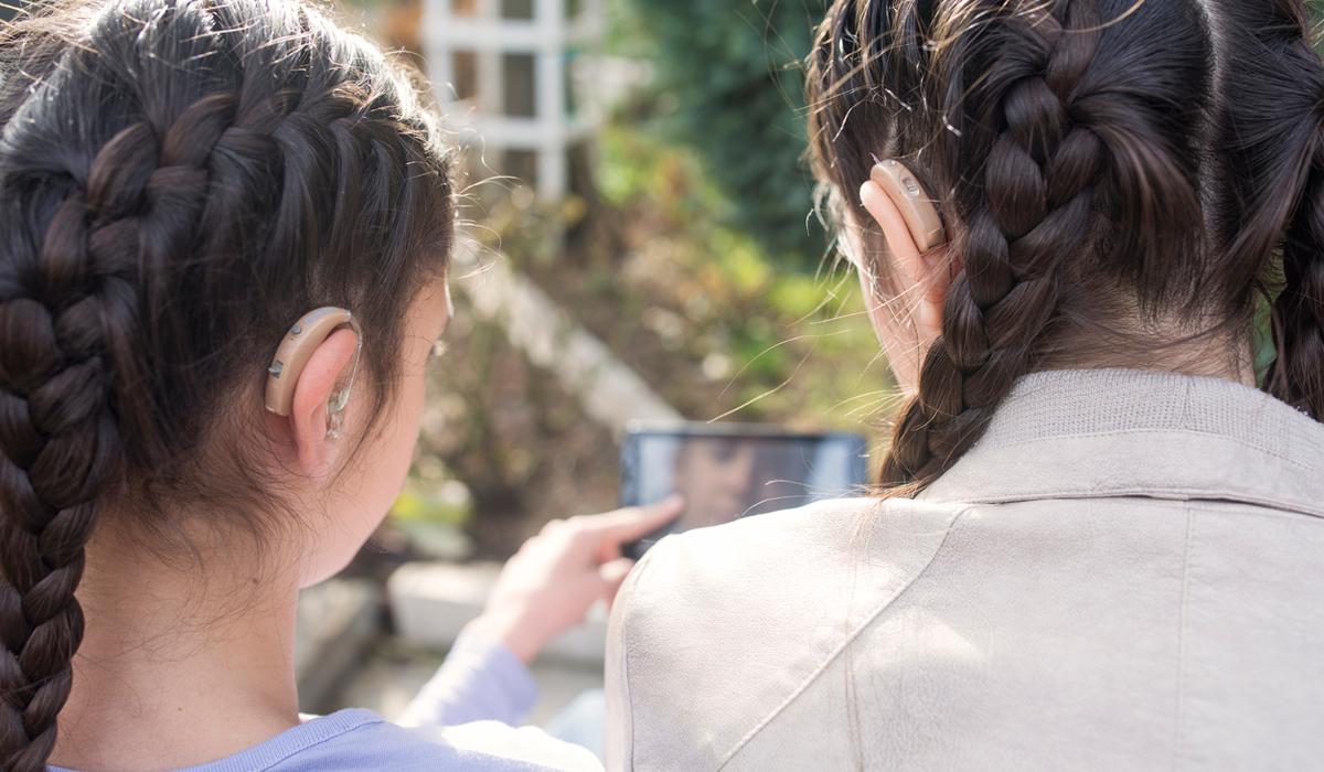 Smartes Hören: Digitale Zusatzfunktionen moderner Hörsysteme