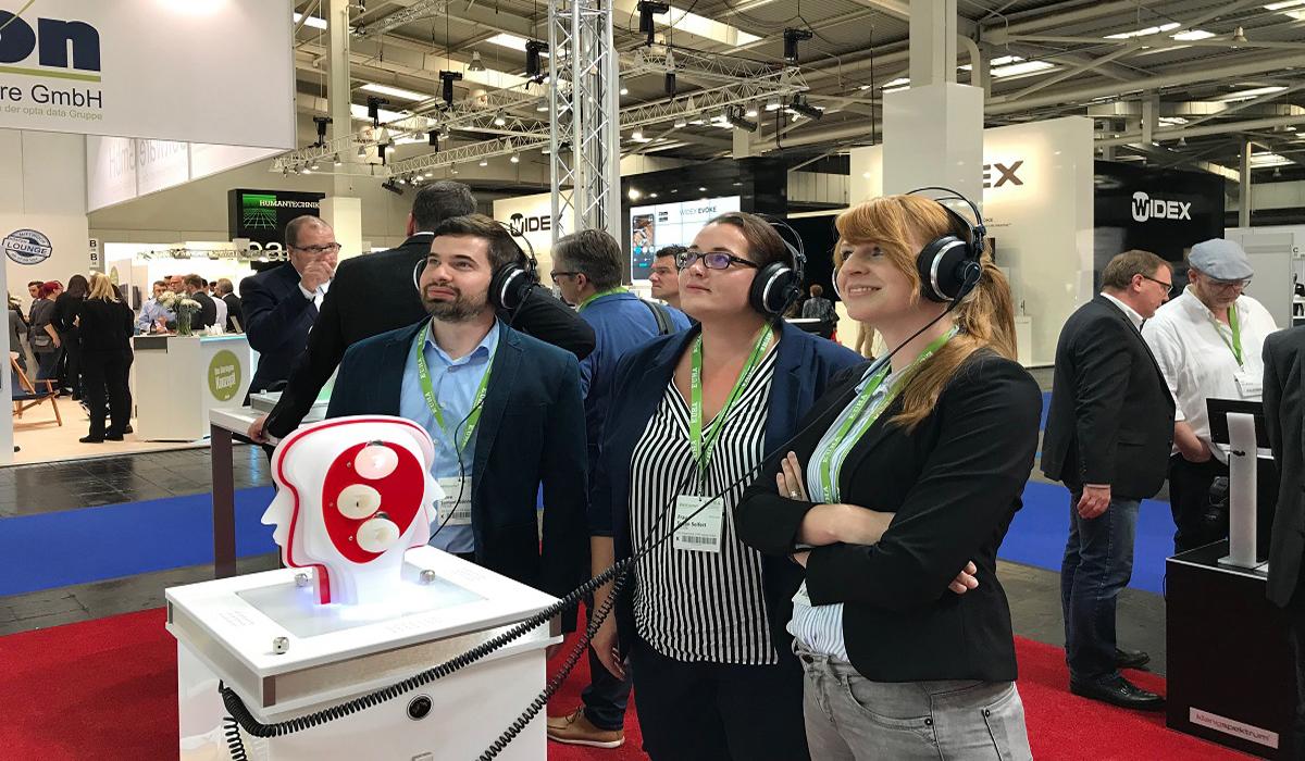 Reise in die Zukunft der Hörakustik