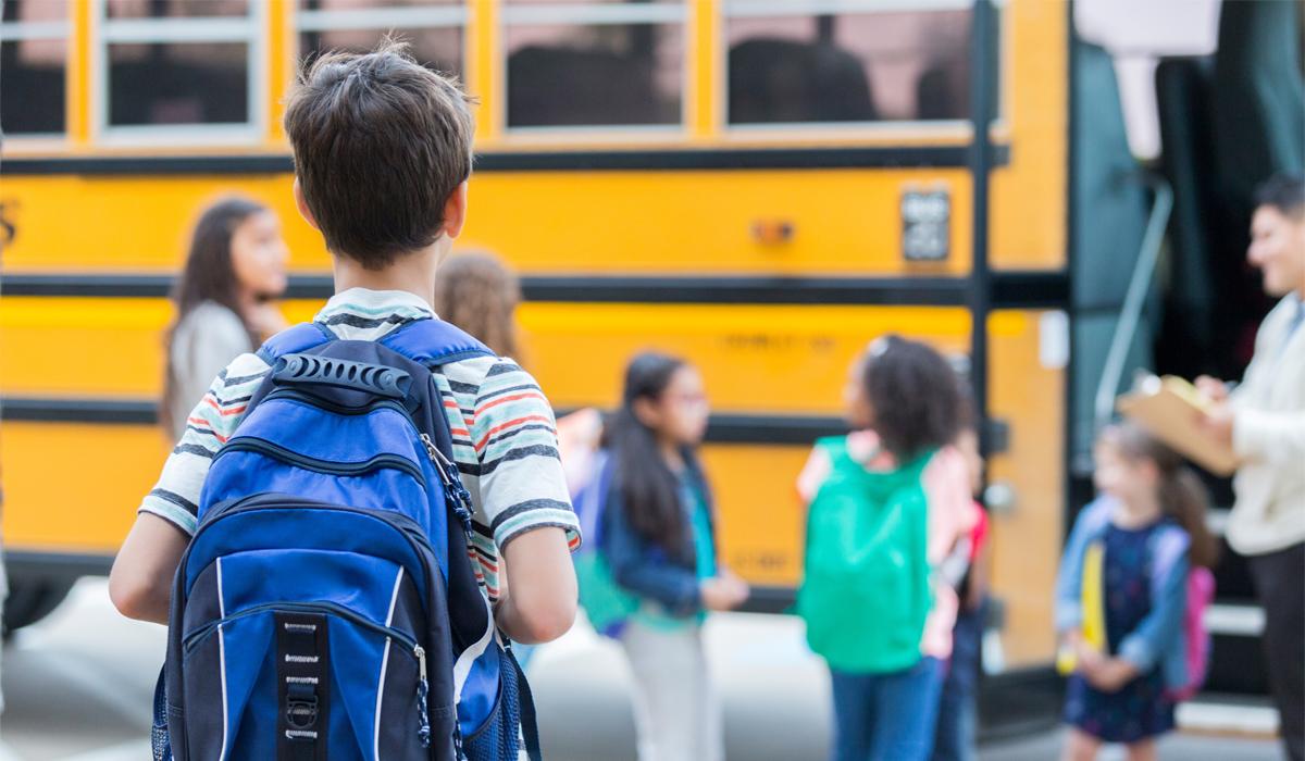 Kinderohren im Schulalltag schützen