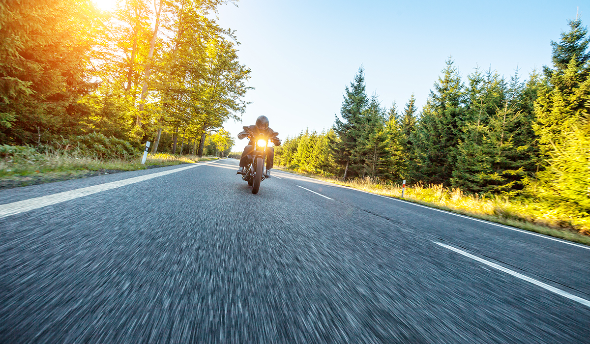 Gehörschäden trotz Motorradhelm
