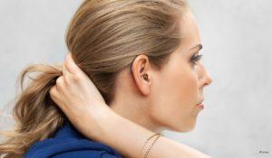 Unsichtbare Hörgeräte