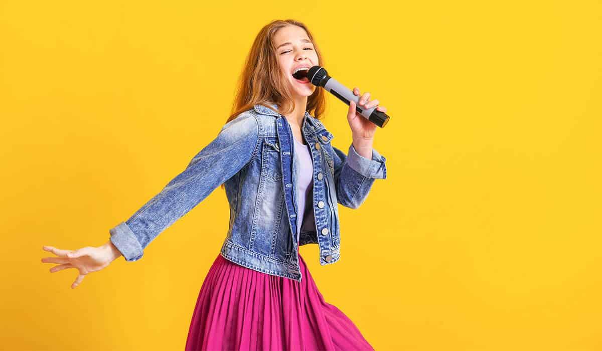 singendes Mädchen